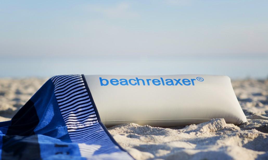 beachrelaxer Strandtuch Strandlaken Sandori gestreift blau Kissen Detail