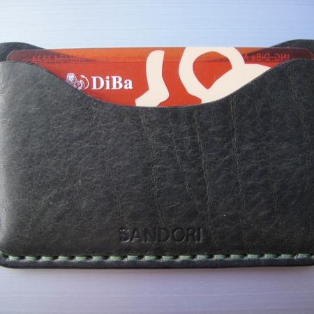 Sandori Kreditkartenetui Leder glatt dunkelolive Naht olive 4 (1024x768)