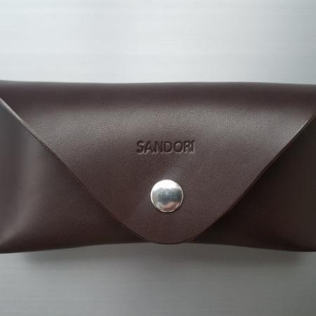 Sandori Brillenetui dunkelbraun glatt 1 (1024x768)