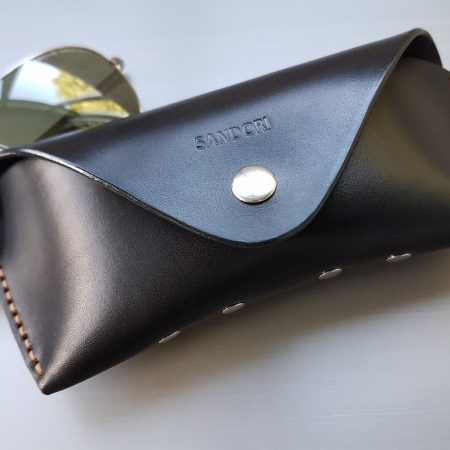 Sandori Brillenetui schwarz hellbraun glatt 5 (1024x768)
