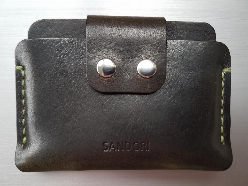 b7ec20065df9d2 Mini Portemonnaie aus glattem italienischem Leder in dunkelolive mit ...